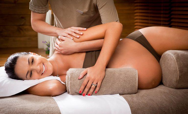 Masaje post parto y embarazo